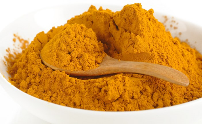 How to make your own turmeric face mask..
