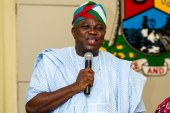 Ambode Enjoins Youths to Support the National Change Agenda