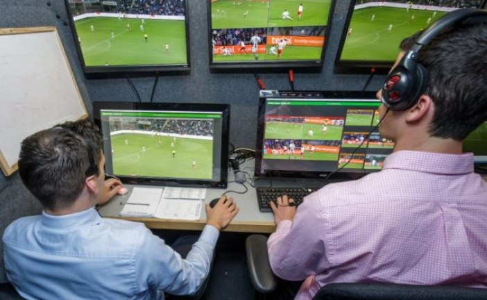 FIFA Approves in-Game Video Replay For Refrees