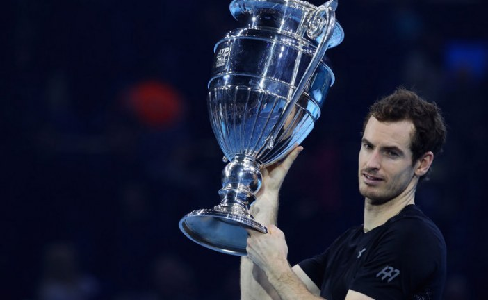 Andy Murray wins ATP finals to end the year as world No1