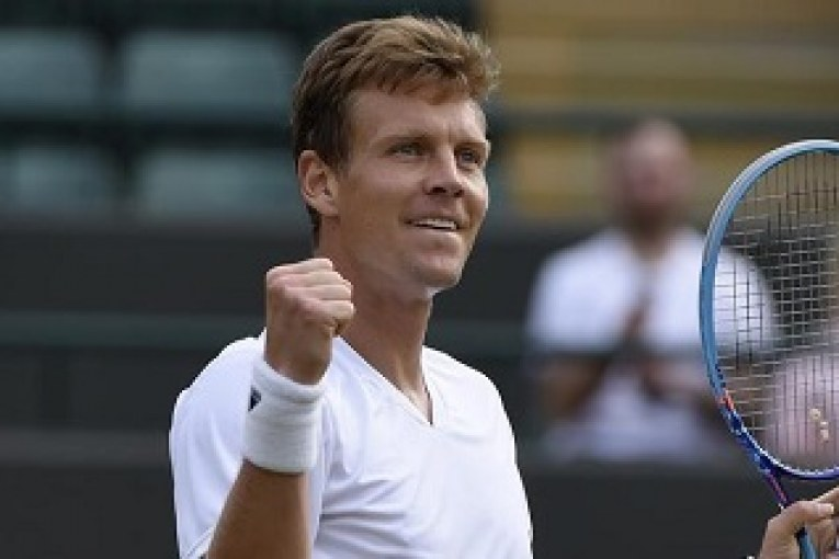 Berdych keeps his hopes alive-acadaextra