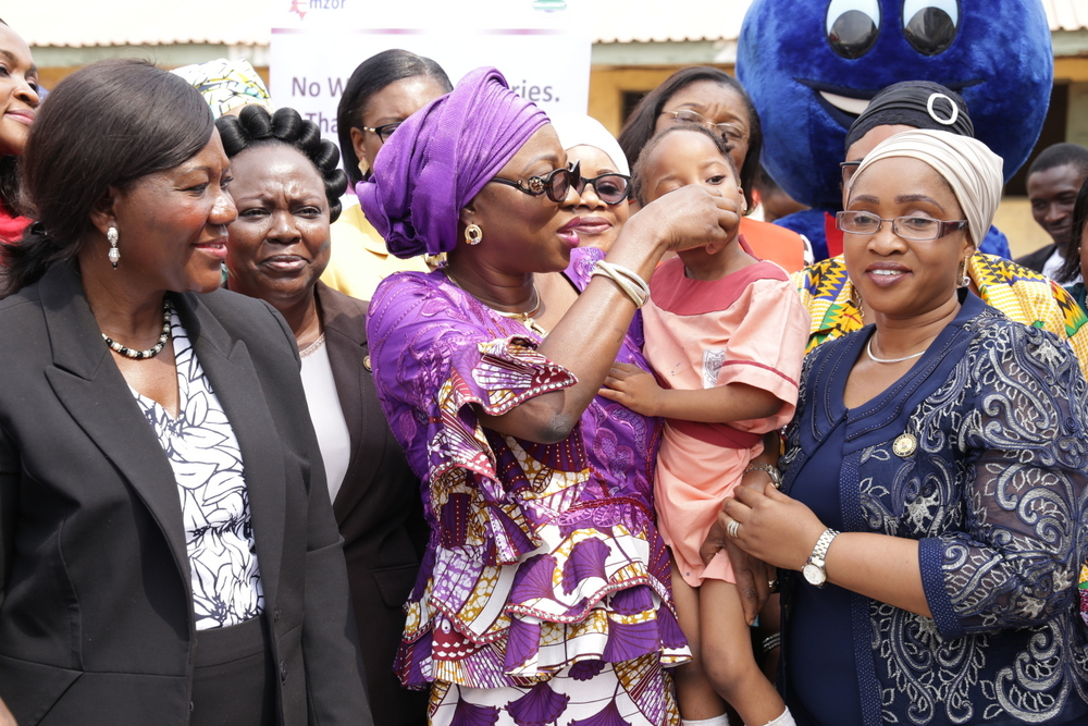 Ambode's Wife flags off de-worming exercises for 60,000 pupils