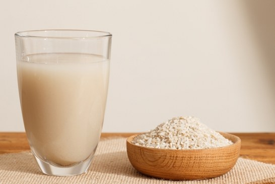Get Radiant Skin and Shinny Hair with Rice Water