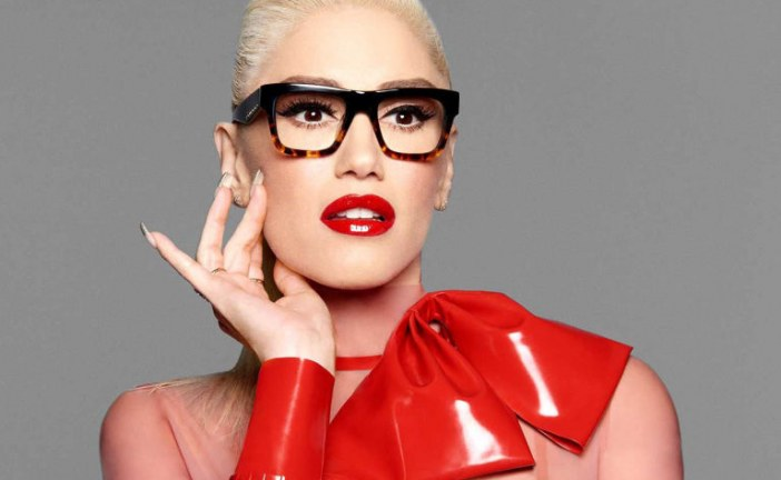 Gwen Stefani Needs Glasses Now