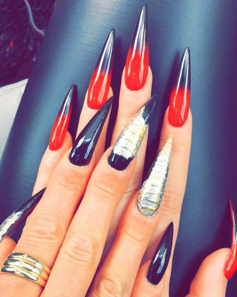 New Beauty Trend: The Vampire Fang Nails