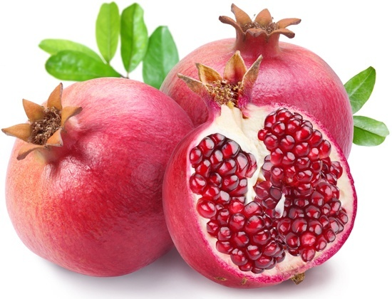 whole-and-sliced-pomegranates-acadaextra