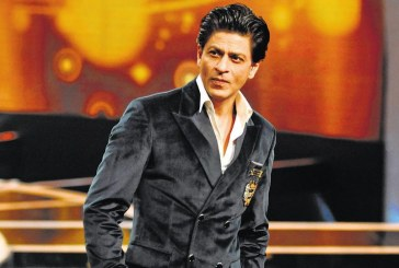 Indian actor, Shah Rukh Khan, buys South African cricket team