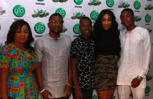 (L-R) Glo subscribers, Moji Wonah, Tobi Folorunsho, Daniel Olugbenga, show anchor, Ebube Nwagbo and Glo Subscriber, Michael Mayowa, at the Abeokuta edition of the mega comedy show, Glo Laffta Fest, on Sunday.