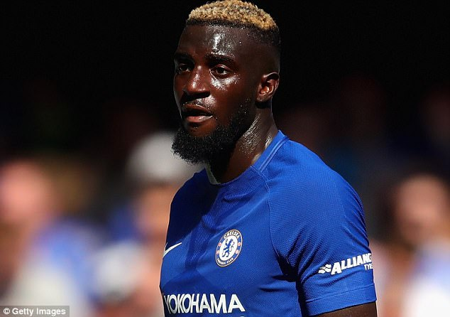 Chelsea player Bakayoko in car accident