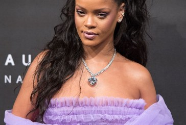 Rihanna stunning look at Fenty Beauty launch in London