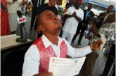 Best Graduating Student Shed Tears As Governor Okorocha Gifts Him N13.7m