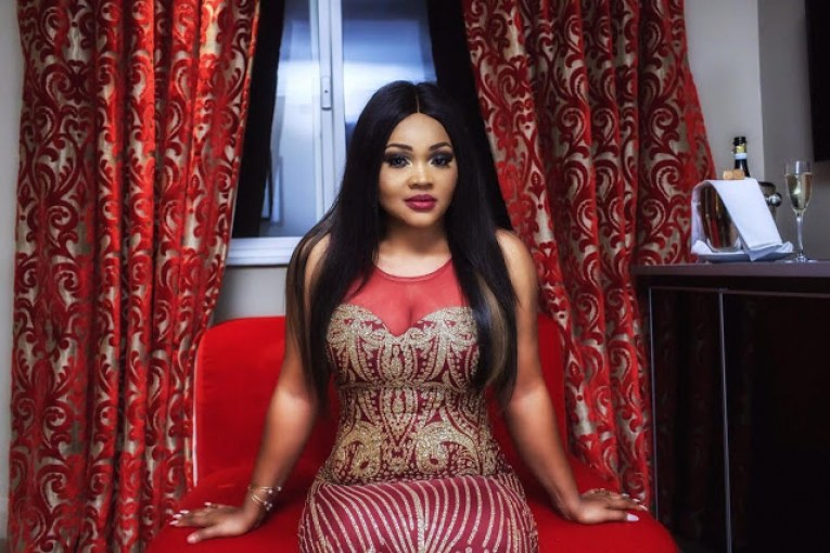 mercy-aigbe-stuns-in-london2-1