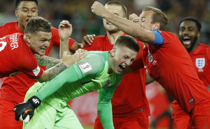 World Cup;England Reaches The Last 8 by Defeating Columbia 4-3 On Penalties