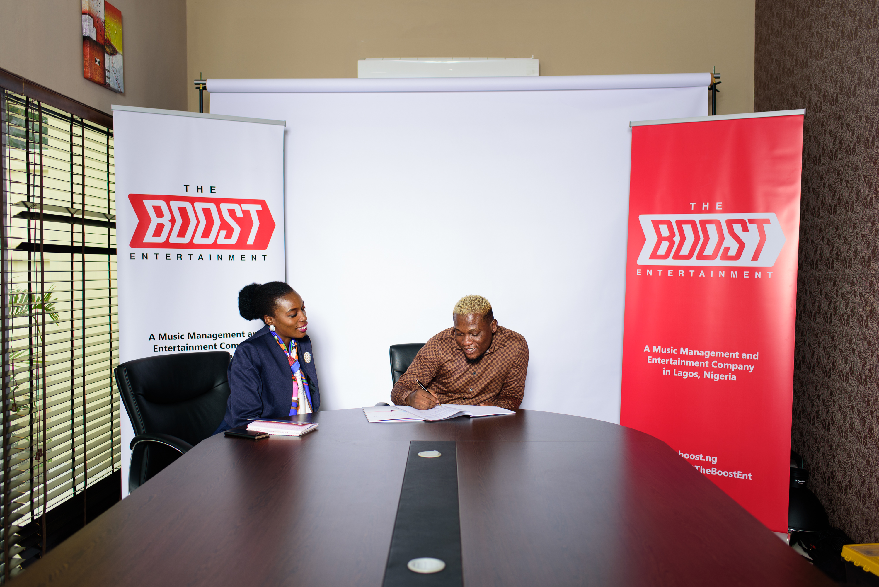 Singer ''Kay Jay Ogbonna'' Signs Multi-Million Naira Management Deal With The Boost Entertainment.