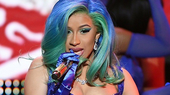Cardi B Becomes First-Ever Female Performer at the