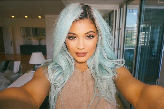 Kylie Jenner Debut New Hair Color