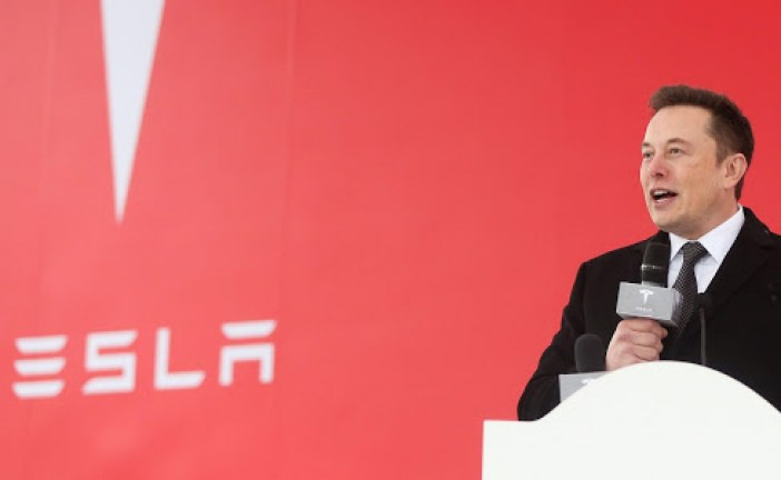 Tesla Shares Drop sharply after Musk announces CFO Deepak Ahuja is Leaving
