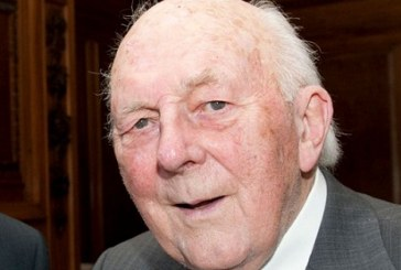 Dr Stewart Adams: Chemist who Invented ibuprofen after taking it to cure Own Hangover Dies