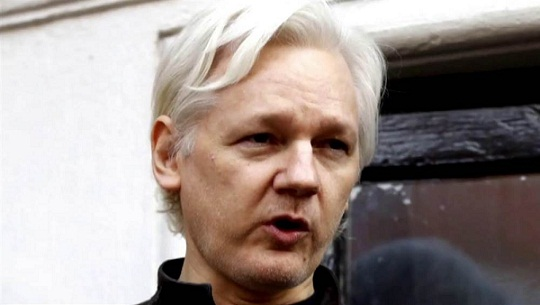 Julian Assange Refuses Extradition to US, says he won't 'Surrender'
