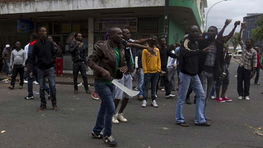400 Nigerians to Return as S'Africans step up Attacks