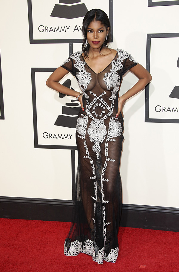 diamond-white-grammys-2016-grammy-awards-2