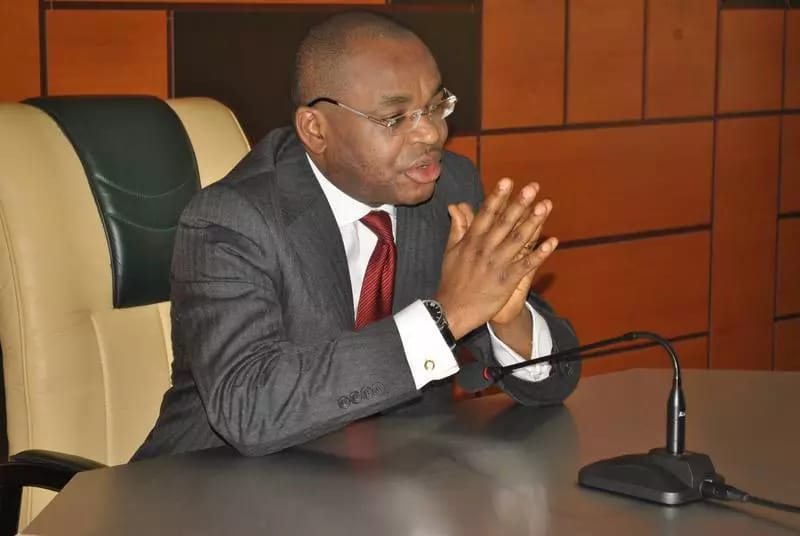 Governor Udom Emmanuel Honours Lady for Outstanding Academic Performance