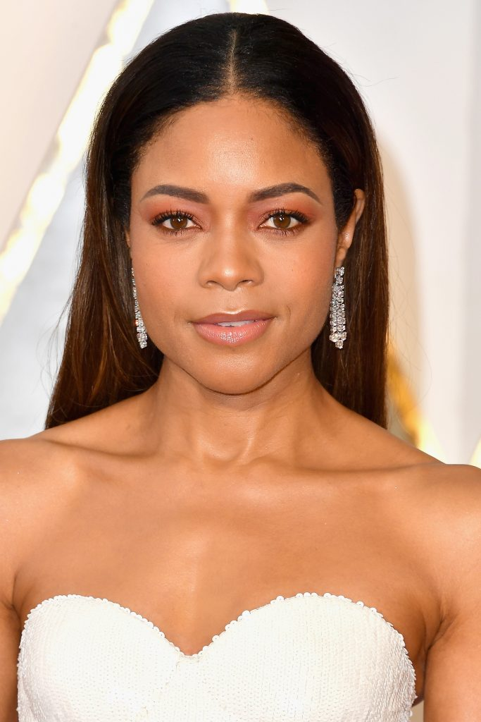 HOLLYWOOD, CA - FEBRUARY 26:  Actor Naomie Harris attends the 89th Annual Academy Awards at Hollywood & Highland Center on February 26, 2017 in Hollywood, California.  (Photo by Steve Granitz/WireImage)