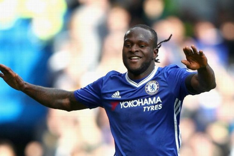 Moses extends contract at Chelsea-acadaextra