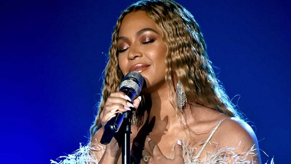 Beyoncé Is Bribing Us All to Go Vegan for Free Concert Tickets for Forever