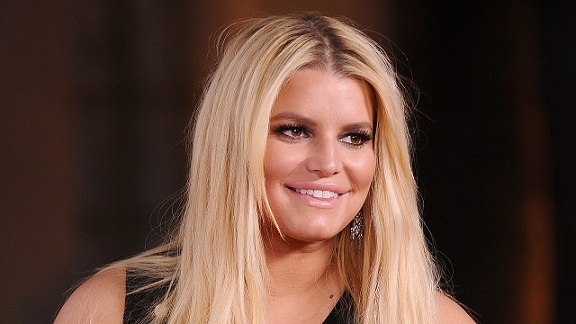 Jessica Simpson Is Mommy-Shamed For Dyeing Her Daughter's Hair