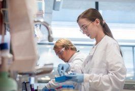 Covid-19: Oxford University vaccine shows 70% protection