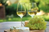 Here is why you need To Drink More Of White Wine