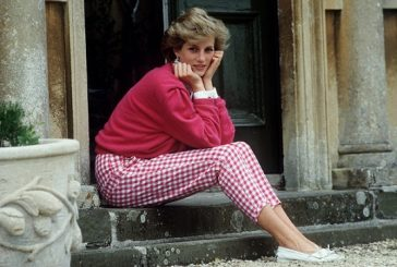Princess Diana's Letters Sold For $113,000 At Auction